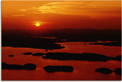 Lake ouachita has 975 miles of shoreline and numerous islands for you